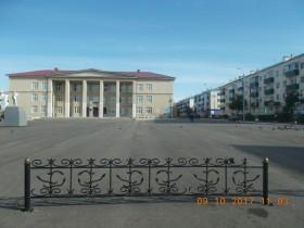 Площадь (после ремонтных работ)